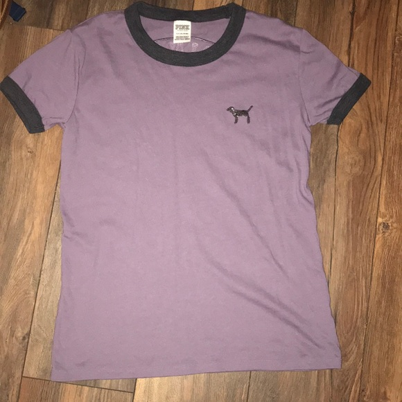 e25ff541ecb33 Pink VS shirt
